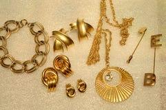Diverse Gouden Juwelen stock afbeelding