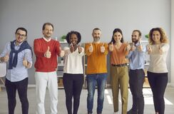 Free Diverse Group Of People Showing Thumbs Up And Satisfaction Emotion Stand In Row Stock Photography - 220748682
