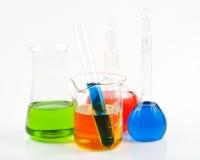 Diverse kleurrijke flessen Royalty-vrije Stock Fotografie