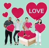 Diverse mensen die hun liefdes delen stock afbeelding