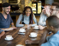 Diverse Mensen Hang Out Coffee Cafe Friendship stock afbeelding