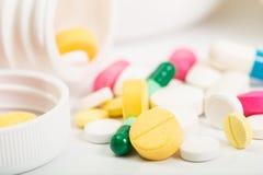 Diverse pillen en capsule Stock Fotografie