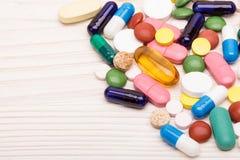 Diverse pillen en capsules macroschot Royalty-vrije Stock Afbeelding