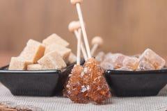Diverse soorten bruine suiker royalty-vrije stock foto's