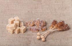 Diverse soorten bruine suiker stock foto