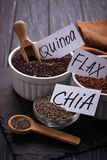 Diverse superfoodschia, quinoa, lijnzaad Royalty-vrije Stock Fotografie