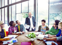 Diverse Toevallige Bedrijfsmensen in een Vergadering Stock Fotografie