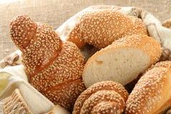 Diverse types van brood royalty-vrije stock afbeeldingen