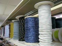 Diverses cordes sur des bobines Photographie stock libre de droits