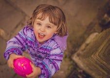 Diversión con el huevo del agua Foto de archivo libre de regalías
