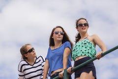 Diversión de los días de fiesta de las muchachas Fotos de archivo