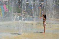 Diversión del agua en verano Fotos de archivo