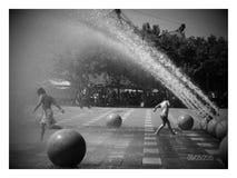 ¡Diversión del parque del agua! Imagen de archivo
