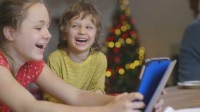 Diversión el día de la Navidad almacen de video