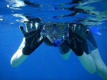 Diversión subacuática del tubo respirador Imagenes de archivo