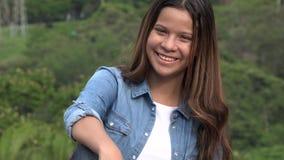 Diversión y muchacha adolescente feliz Imagenes de archivo