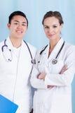Diversi medici sorridenti Fotografie Stock Libere da Diritti
