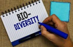 Diversidade do texto da escrita da palavra bio Conceito do negócio para a variedade de organismos Marine Fauna Ecosystem Habitat  foto de stock