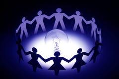 Diversifique os povos Chain de papel Fotos de Stock