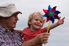 Diversión con el grandpa Imagen de archivo libre de regalías