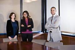 Diversité dans le lieu de travail, contact de salle de réunion Image libre de droits