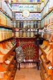 Diversité des épices colorées sur un marché de bazar à Marrakech Maroc photo libre de droits