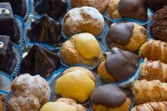 Diversiteits Italiaanse gebakjes royalty-vrije stock afbeelding