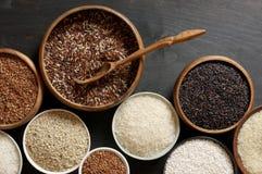 Diverso arroz en cuencos Foto de archivo libre de regalías