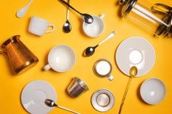 Diverso café que hace los accesorios, el equipo y los utensilios: el cezve, francés presiona, el filtro etc de Phin del vietnamit Imágenes de archivo libres de regalías