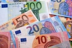 Diverso diverso fondo de los euros imagenes de archivo