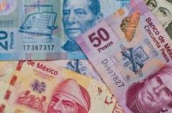 Diverso fondo mexicano del dinero Foto de archivo