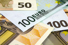 Diverso primer euro de los billetes de banco imágenes de archivo libres de regalías