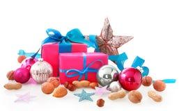 Diversos artículos de la estación de la Navidad en el fondo blanco Imagen de archivo libre de regalías