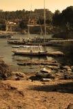 Diversos barcos, el mismo Nilo (versión de la sepia) Imagen de archivo