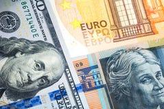 Diversos billetes de banco de los países diferentes en el mundo para la moneda fotos de archivo libres de regalías