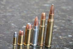 Diversos calibres das balas imagem de stock
