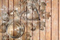 Diversos cortadores del metal para cocer con flouring Foto de archivo libre de regalías