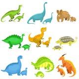 Diversos dinosaurios en pares de grande y de pequeño Fotografía de archivo libre de regalías