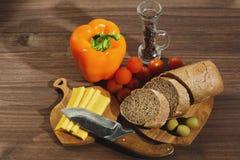 Diversos ingridients convenientes para la cocina mediterránea Imágenes de archivo libres de regalías
