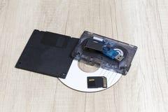 Diversos medios de la grabación análoga y digital foto de archivo
