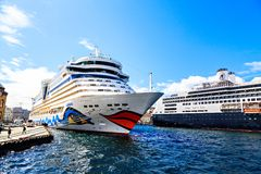 Diversos navios de cruzeiros no porto, Noruega Fotos de Stock Royalty Free