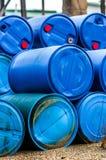 Diversos tambores dos resíduos tóxicos Fotografia de Stock Royalty Free