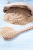 Diversos tipos de azúcar: azúcar marrón, blanco y refinado Imágenes de archivo libres de regalías