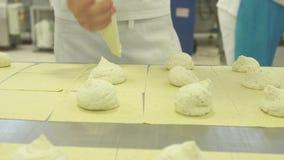 Diversos tipos de pastas típicos de Apulia almacen de metraje de vídeo