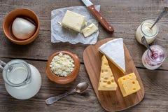 Diversos tipos de productos lácteos Fotografía de archivo libre de regalías