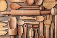 Diversos utensilios de madera de la cocina Fotografía de archivo libre de regalías