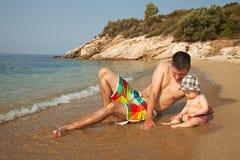 Divertimento alla spiaggia Immagine Stock Libera da Diritti