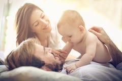 Divertimento com bebê foto de stock