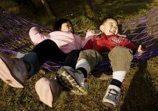 Divertimento com hammock Fotos de Stock Royalty Free
