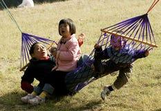 Divertimento com hammock Foto de Stock